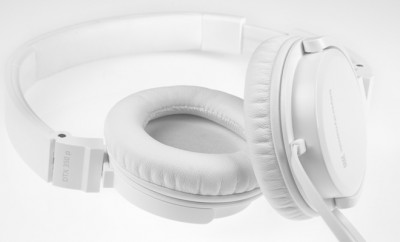 beyerdynamic DTX 350 p On-Ear Headphones white