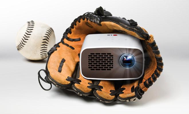 LG PH300 HD MiniBeam Projector
