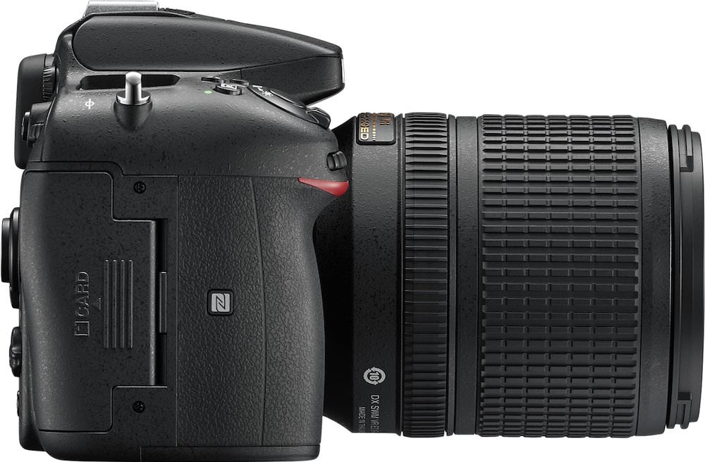 Nikon D7200 Right Side