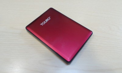 HGST-Touro-S-1TB-hero-1000-80.JPG