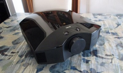 Sony-projector-hero-1000-80.JPG