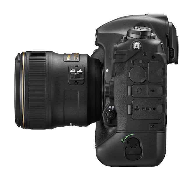 Nikon D5 left