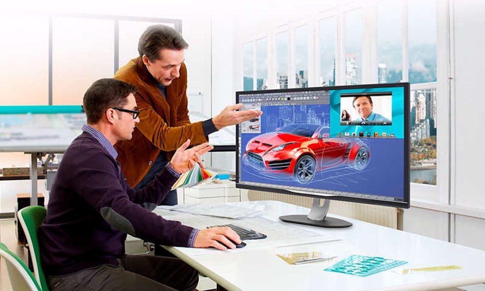 Philips BDM3270QP2 32-inch Monitor on desk