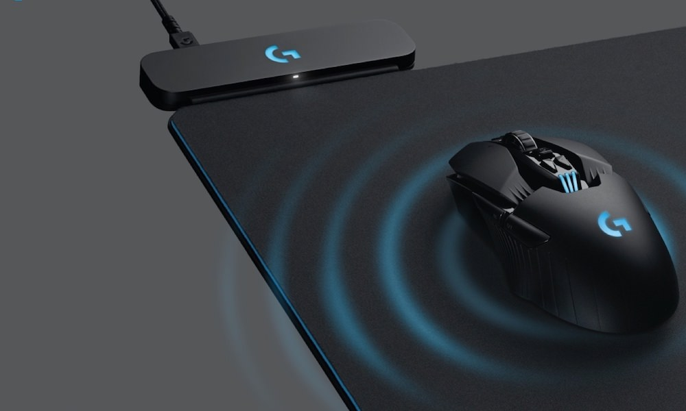 Logitech's new mouse pad charges your wireless mouse while you play