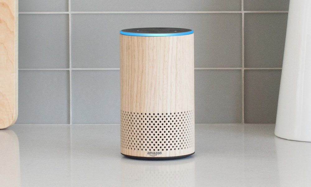 Amazon Echo 2nd Gen in Oak