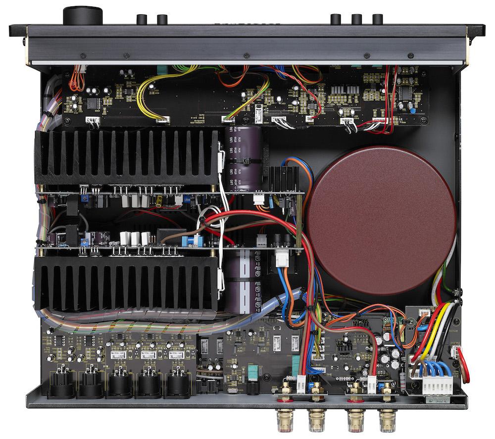 Parasound Hint 6 Integrated Amplifier Inside