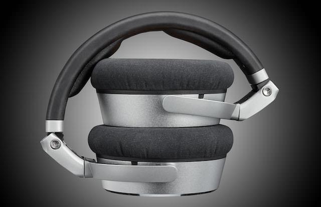 Neumann NDH 20 Studio Headphones foldable view