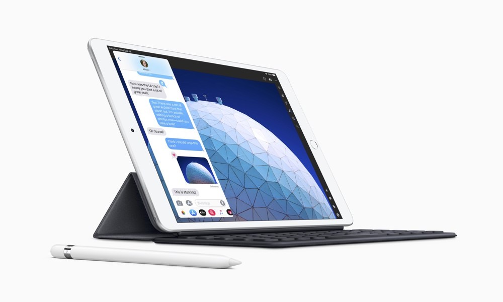 Apple iPad Air (3rd Generation) with Smart Keyboard and Pencil
