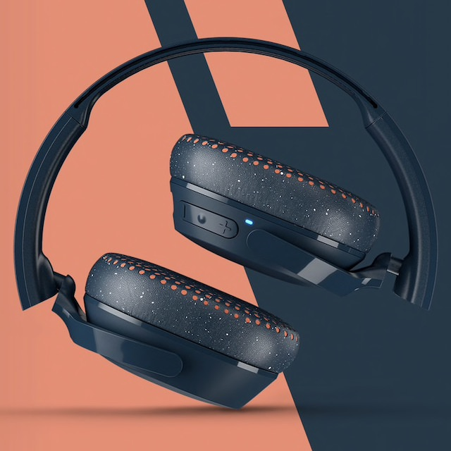 Skullcandy Riff Wireless On-ear Headphones Folded in sunset
