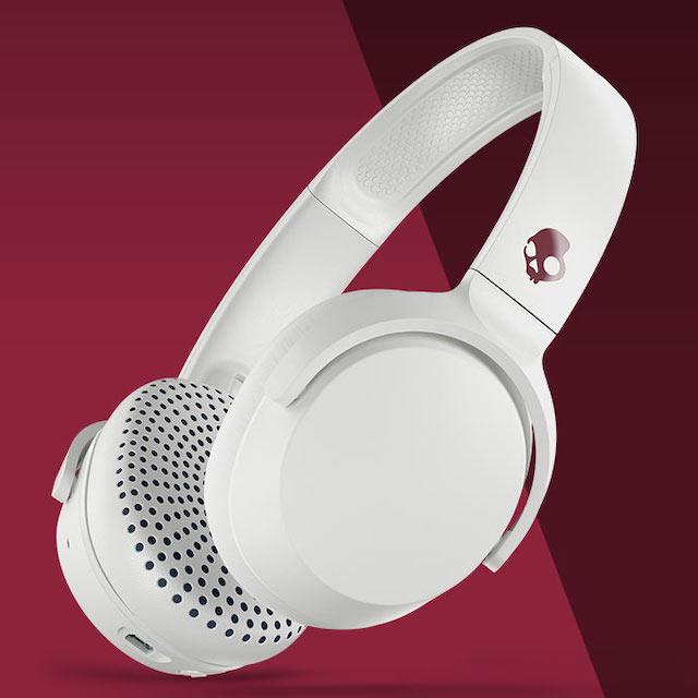 Skullcandy Riff Wireless On-ear Headphones in white