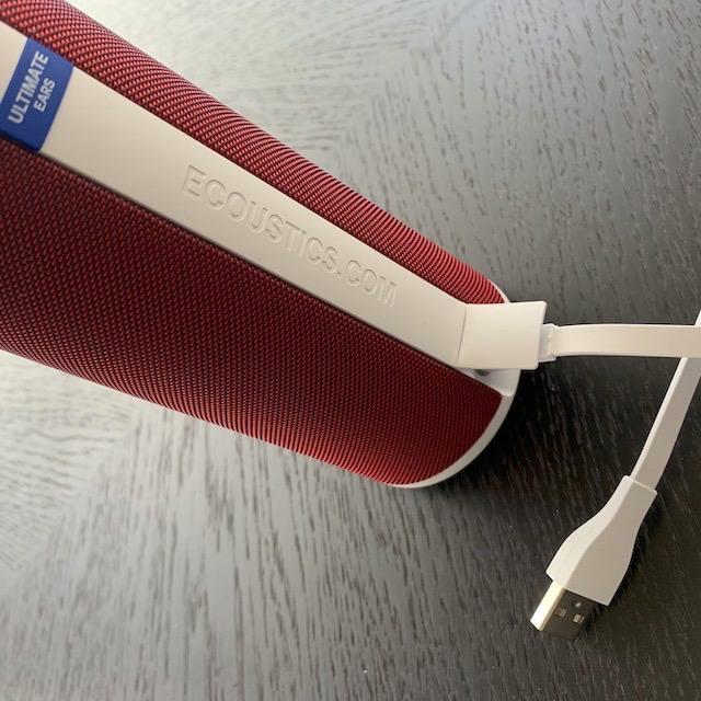 Ultimate Ears myBOOM 3 Wireless Speaker (BOOM 3) rear port