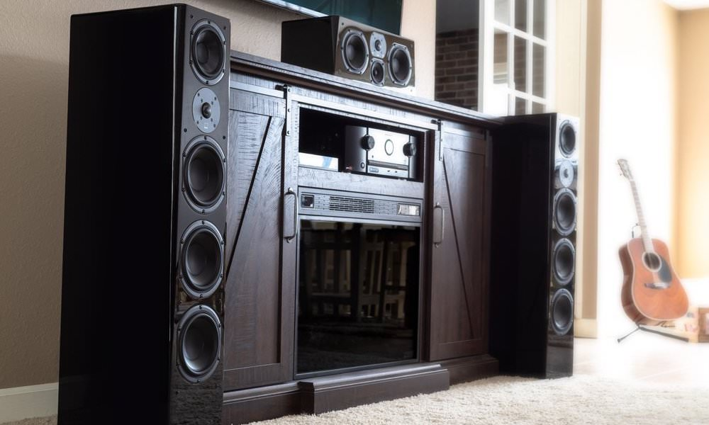SVS Prime Pinnacle Floorstanding Speakers Lifestyle