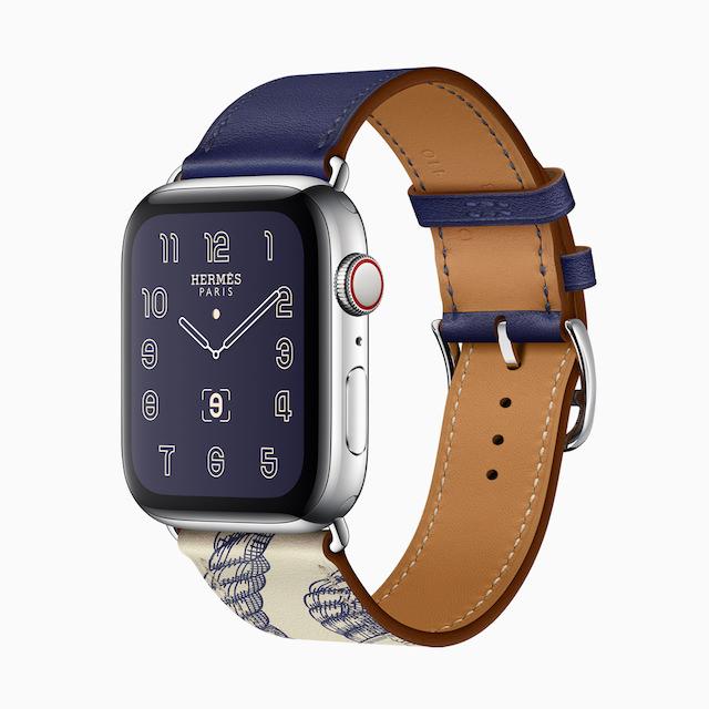Apple Watch Hermès Series 5 with Della Cavalleria print