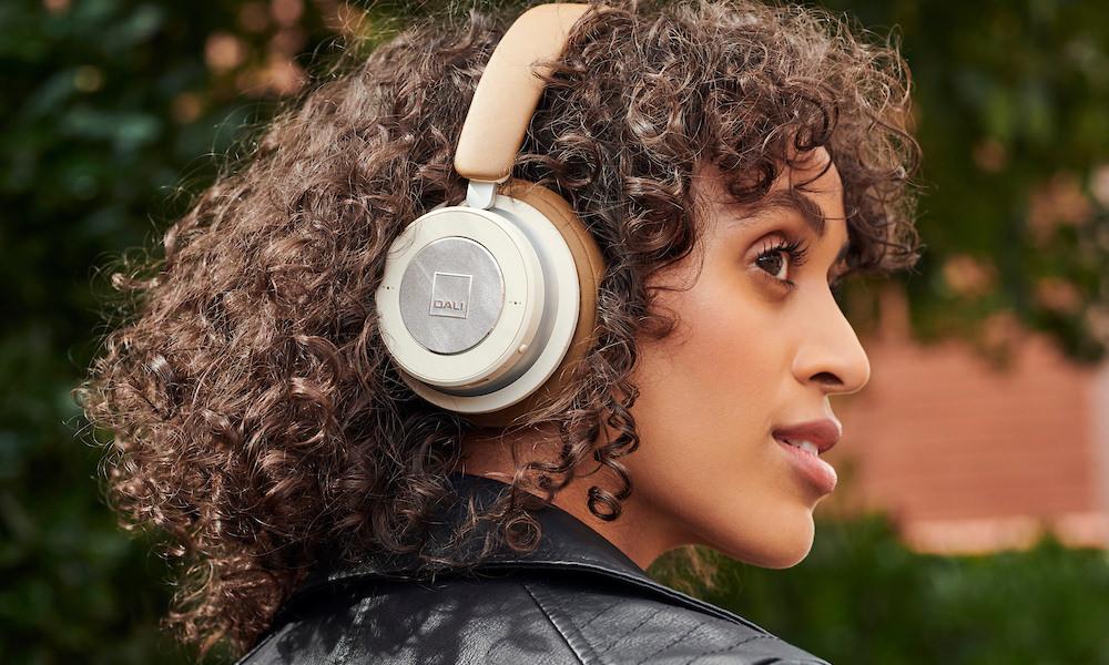 DALI IO Headphones worn on model
