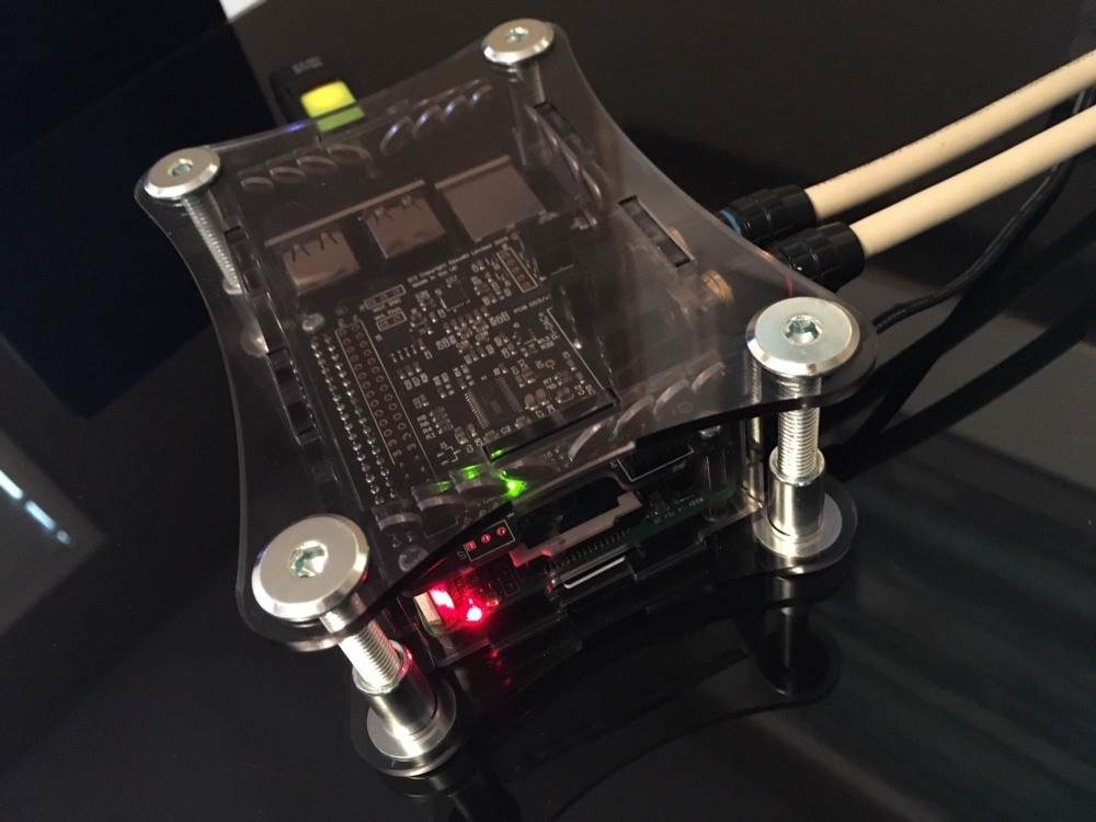 Raspberry Pi B+ and IQAudio PI-DAC+ I2S DAC