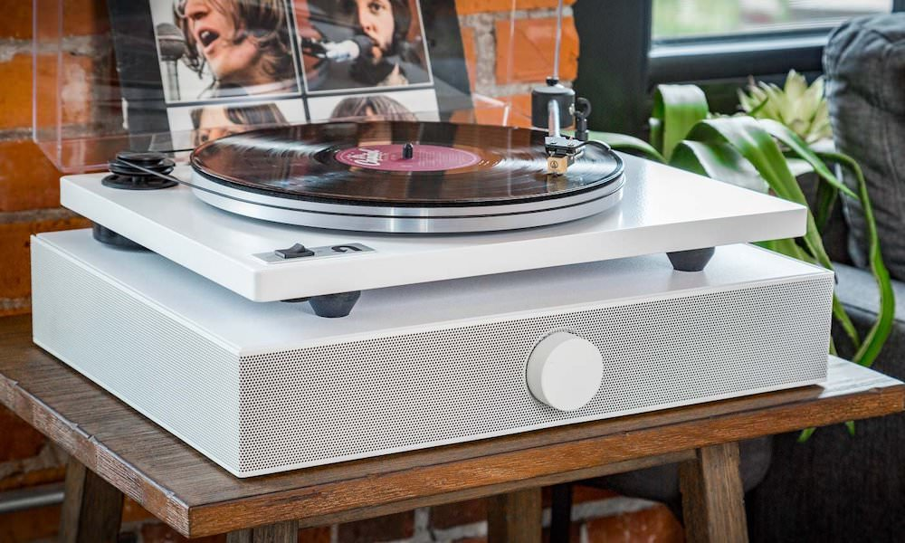 Spinbase with turntable in white open