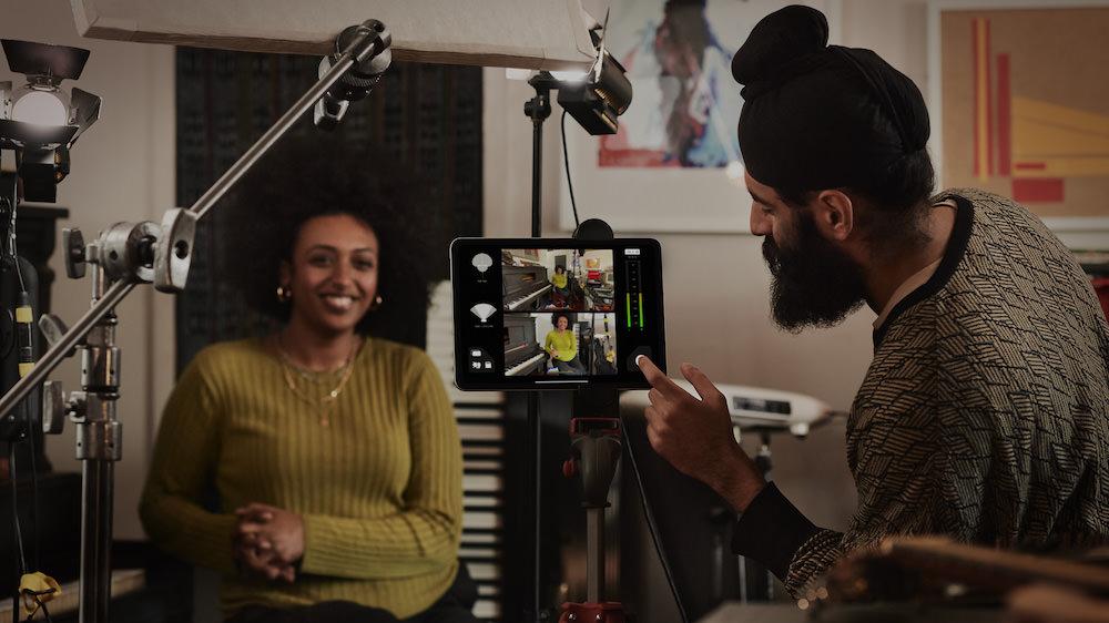 Apple iPad Pro (2020) Pro Audio Microphones