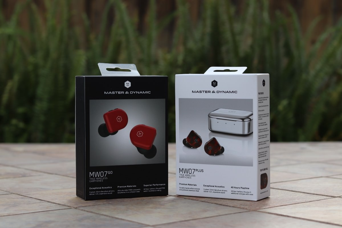 Master & Dynamic MW07 Plus and MW07 Go Earphone Packages