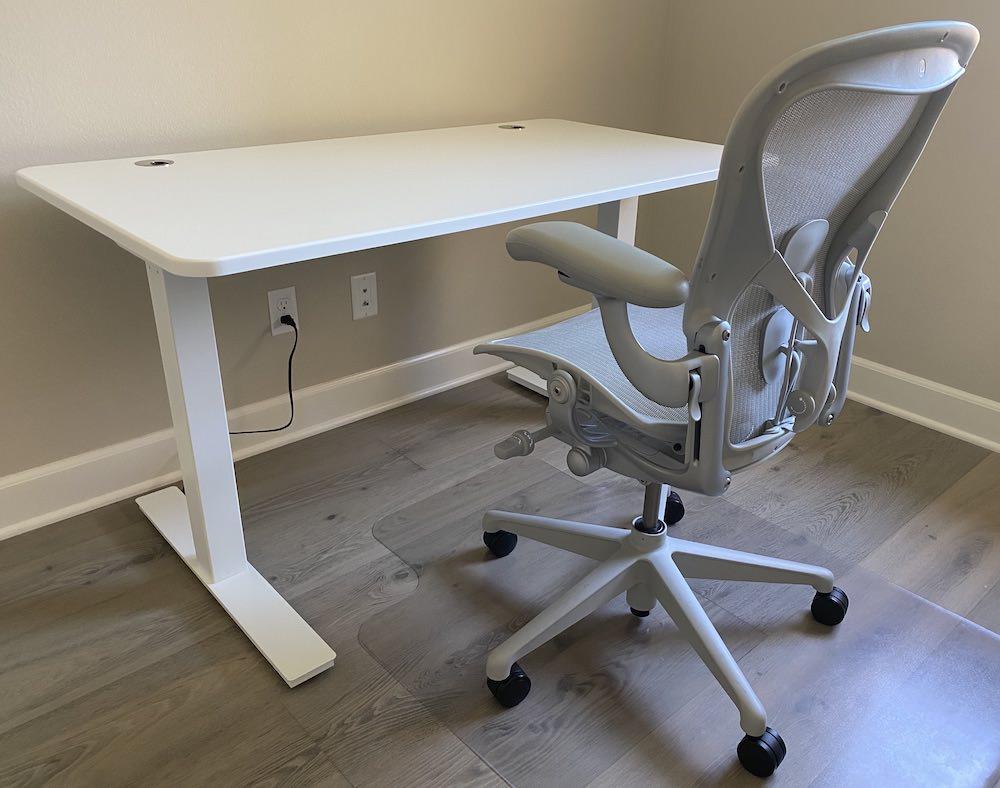 Autonomous SmartDesk2 Home Office (regular desk position) with Herman Miller Aeron Task Chair