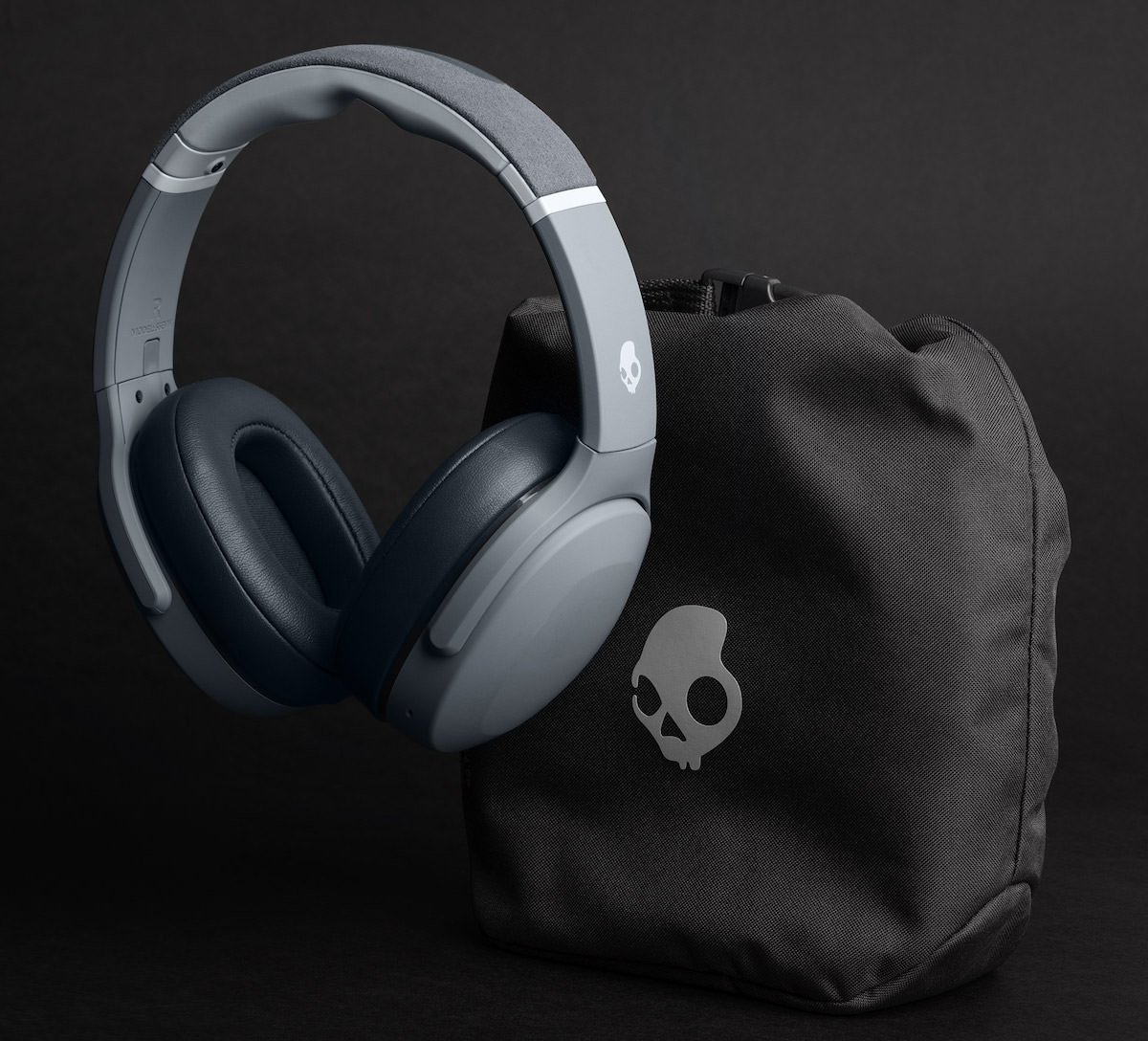 Skullcandy Crusher Evo Wireless Headphones in Chill Grey with Carrying Case