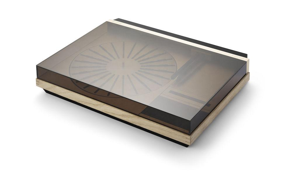 Bang & Olufsen Beogram 4000c Recreated Limited Edition Turntable Lid Closed