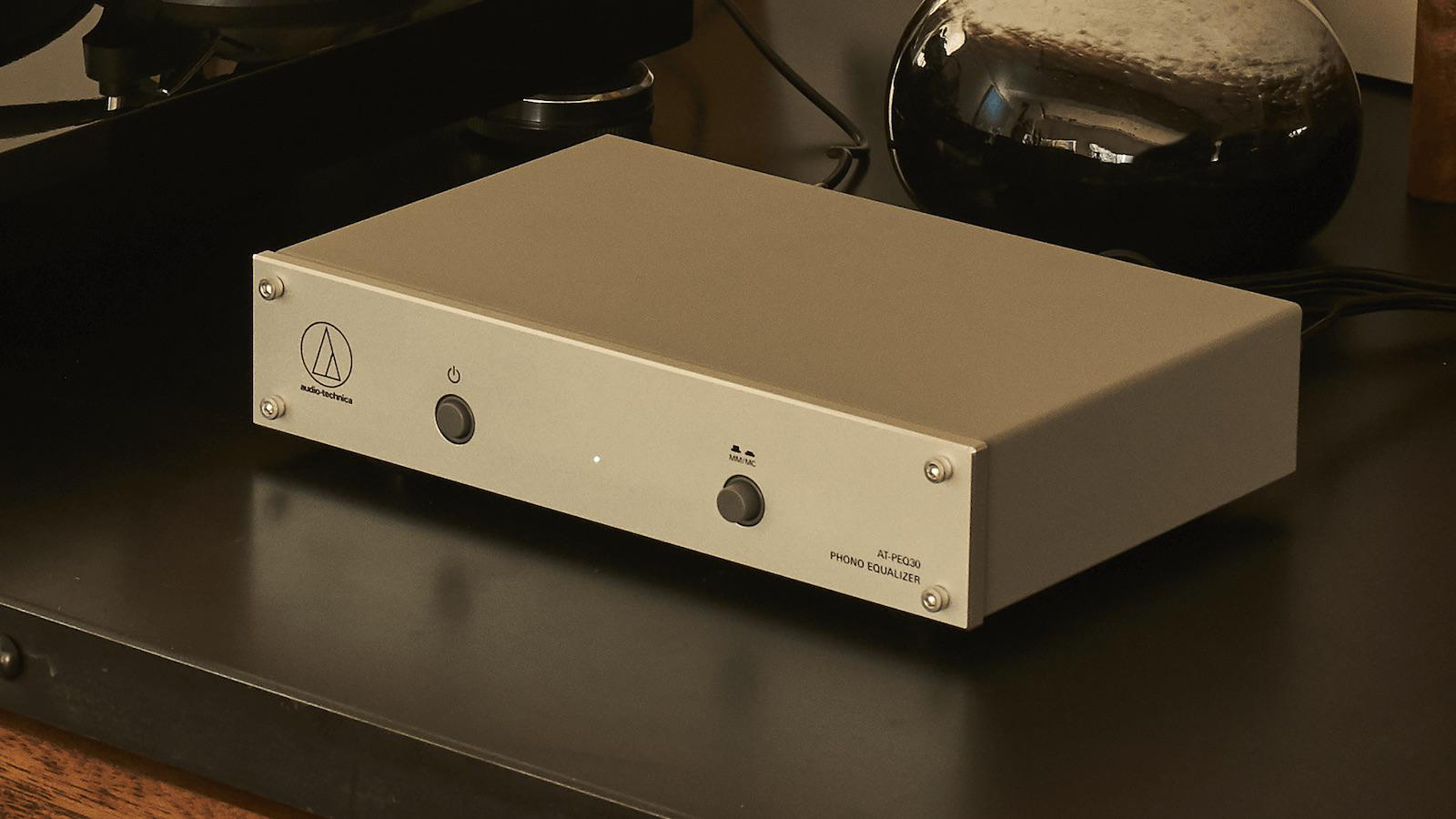 Audio-Technica AT-PEQ30 Phono Equalizer