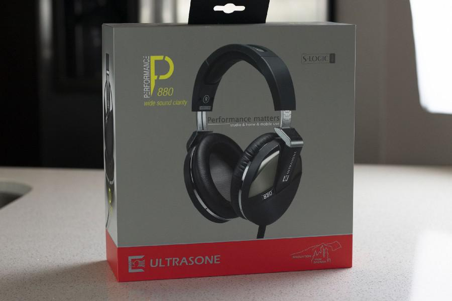 Ultrasone Performance 880 Headphone Package
