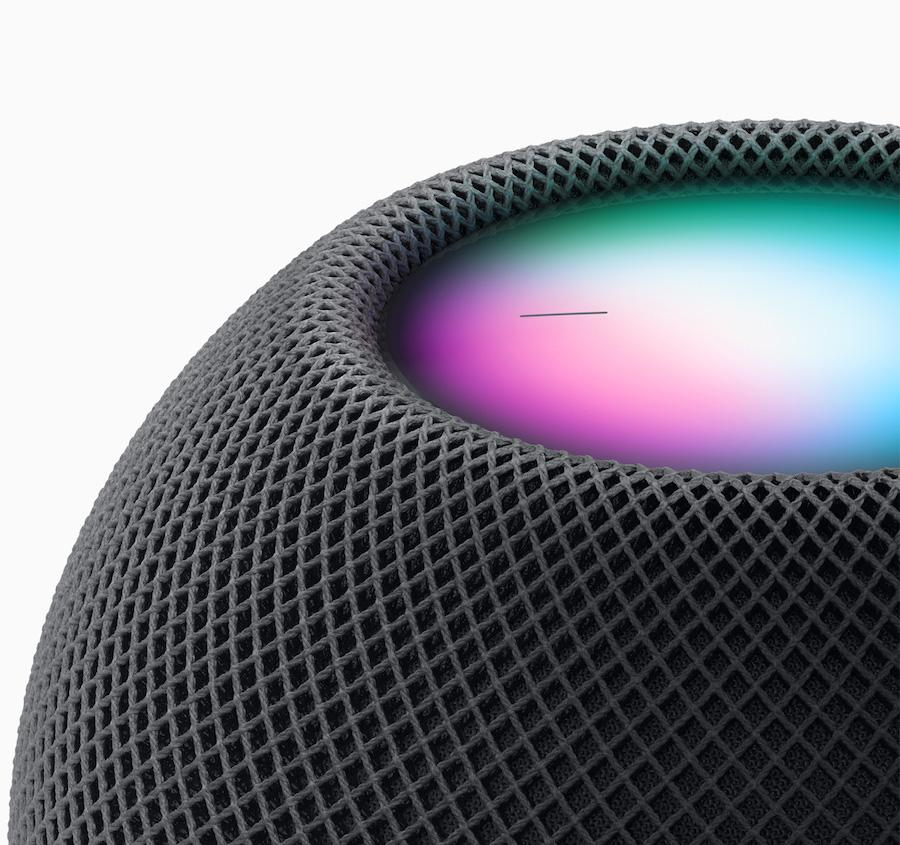 Apple HomePod mini (2020) space gray close-up