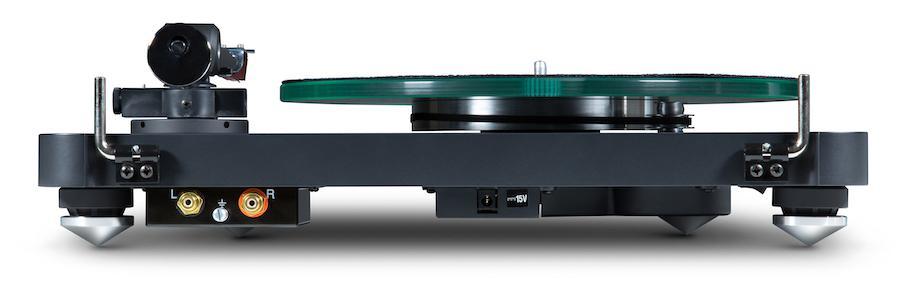 NAC C 588 Turntable Rear