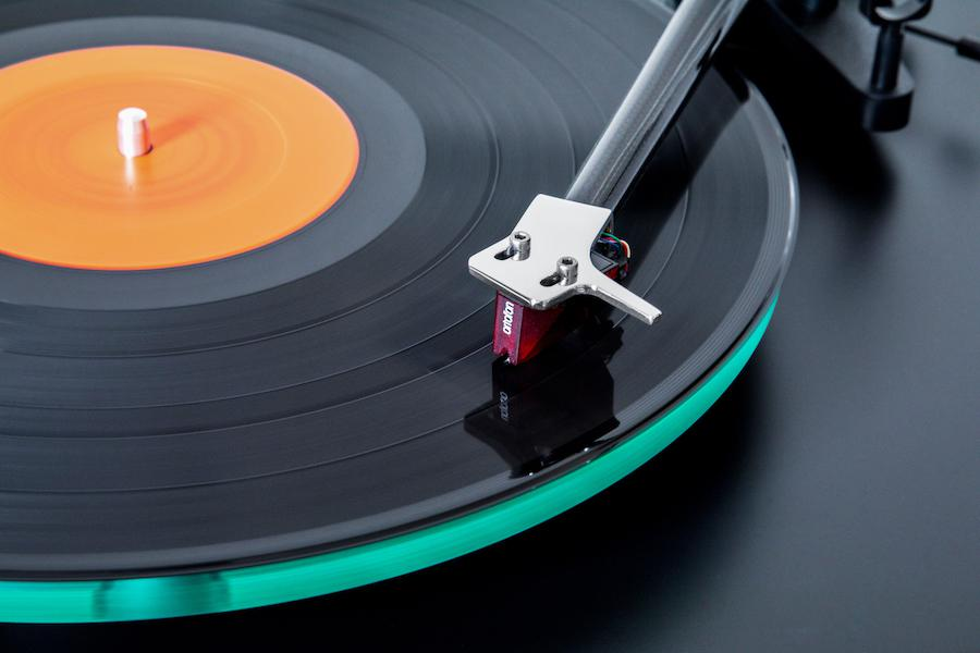 NAC C 588 Turntable Close-up of Needle on Record with Ortofon 2M Red Cartridge Top View