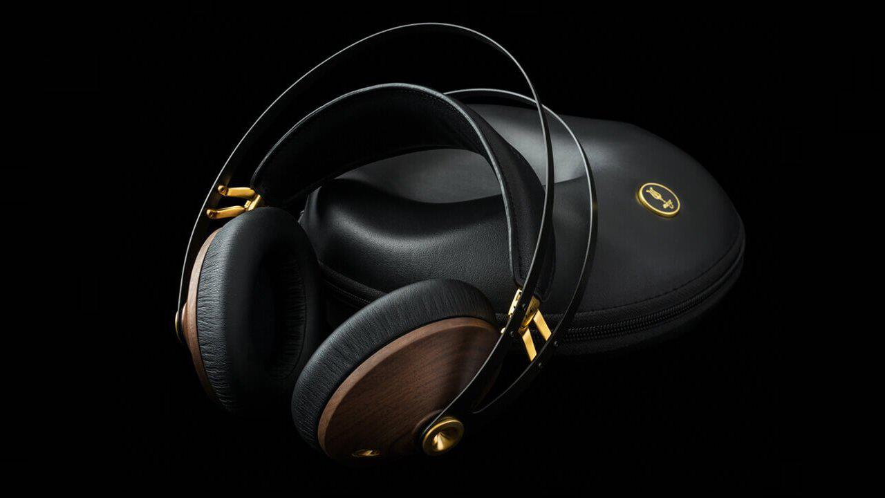 Meze 99 Classics Over-ear Headphones in Walnut and Gold with Black Case