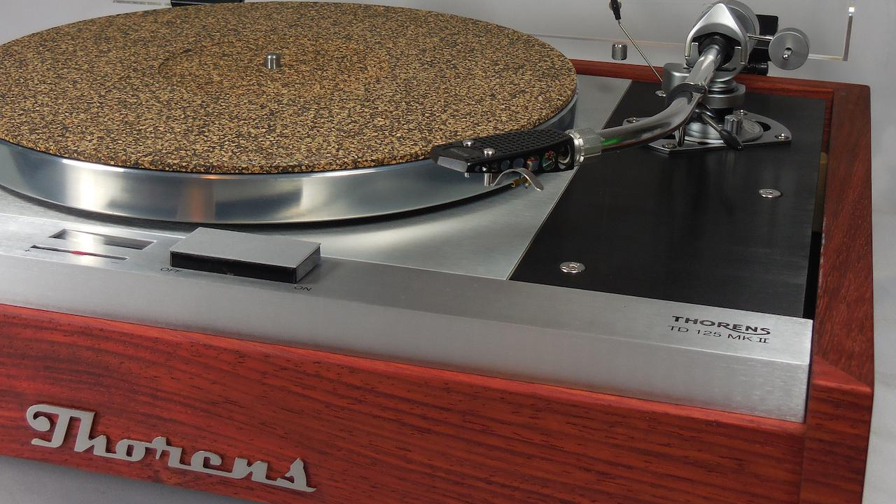 Restored Thorens TD-125 MKII Turntable