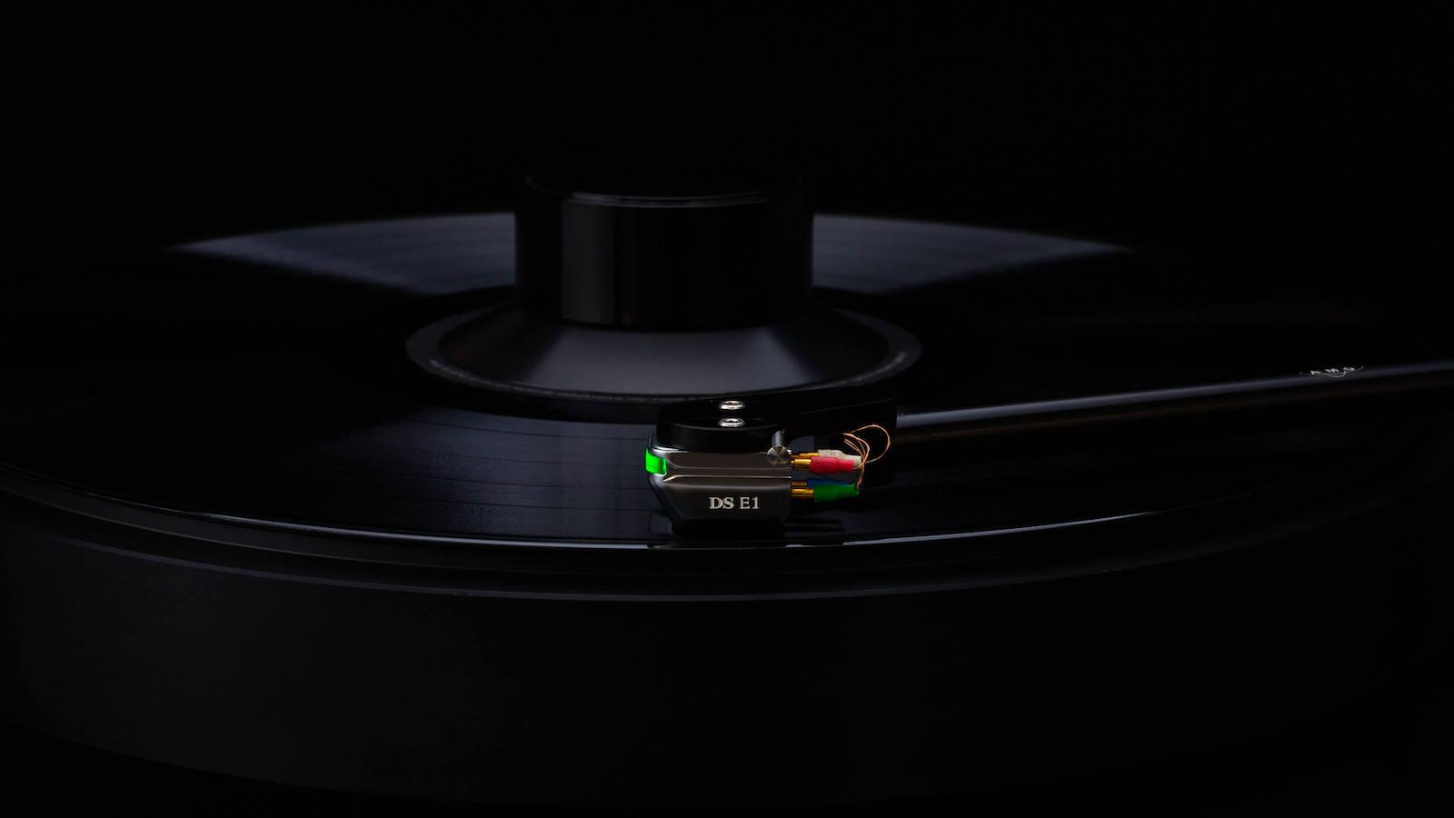 DS Audio DS-E1 optical phono cartridge