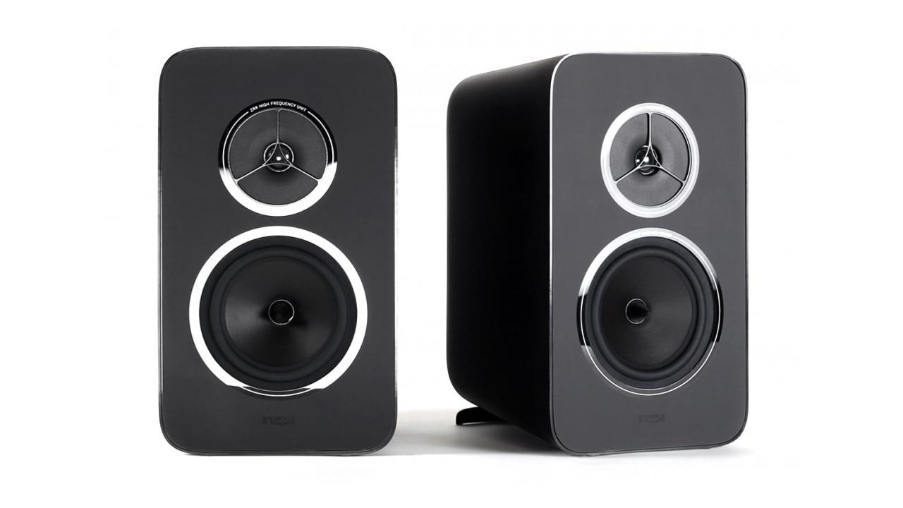 Rega Research Kyte Bookshelf Speakers