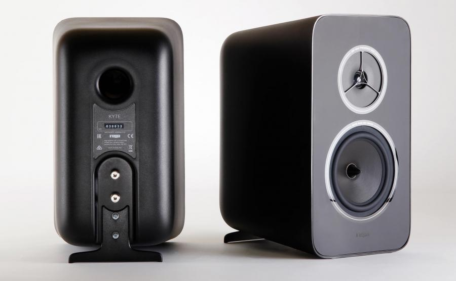 Rega Research Kyte Bookshelf Speakers Front and Back