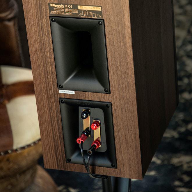 Klipsch RP-600M Bookshelf Loudspeaker in walnut rear