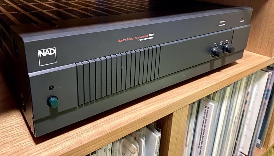 NAD 2600 Power Amplifier