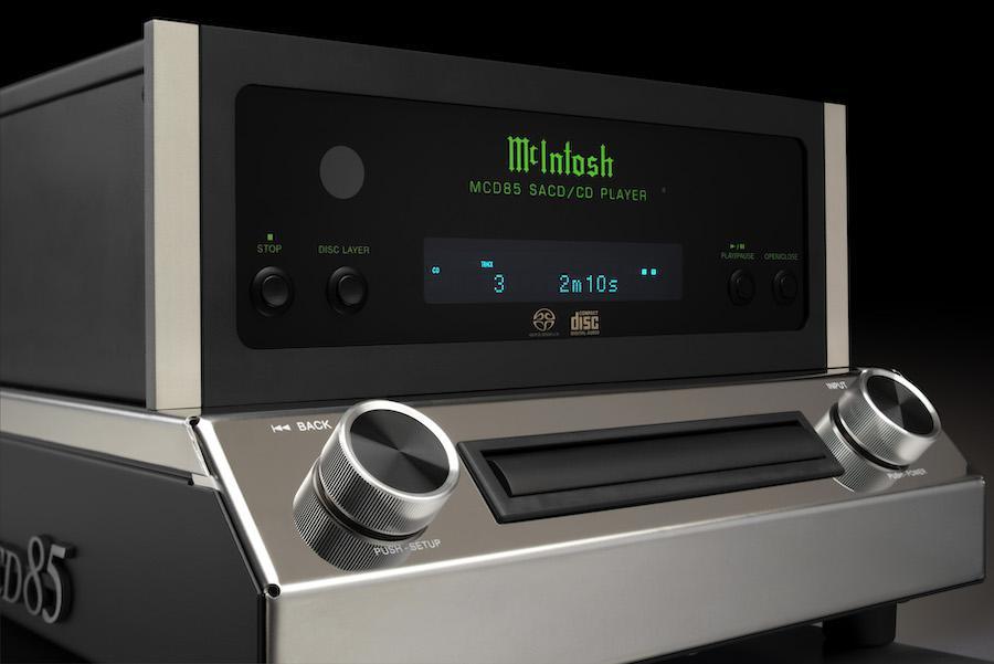 McIntosh MCD85 SACD/CD Player Front Angle