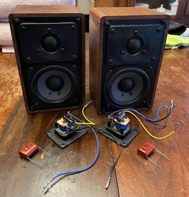 Realistic Minimus 7 Loudspeakers