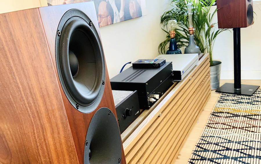 Buchardt Audio S400 Loudspeakers Angle