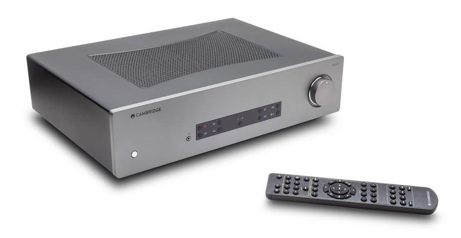Cambridge Audio CXA81 Integrated Amplifier with remote control