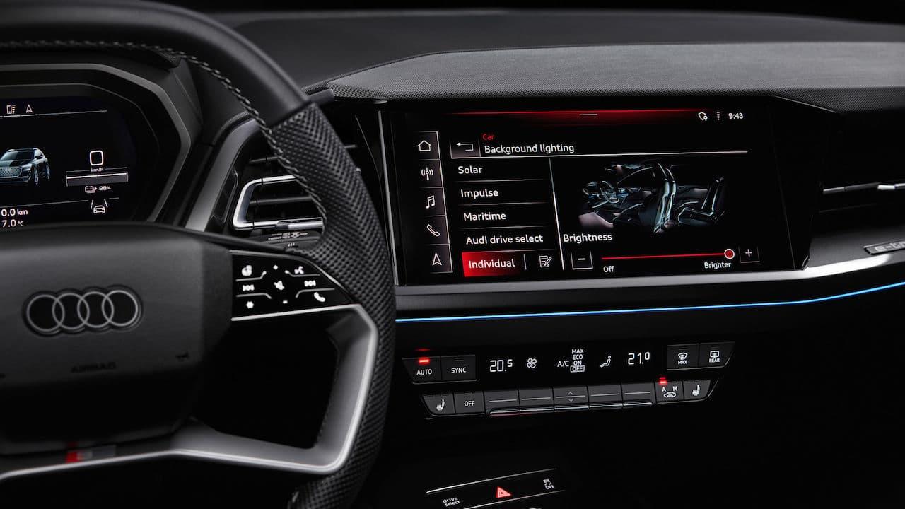 2022 Audi e-tron Interior Dashboard Sonos Premium Sound System