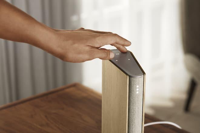 Top Controls on Beosound Emerge Wireless Speaker in Gold Tone - Light Oak
