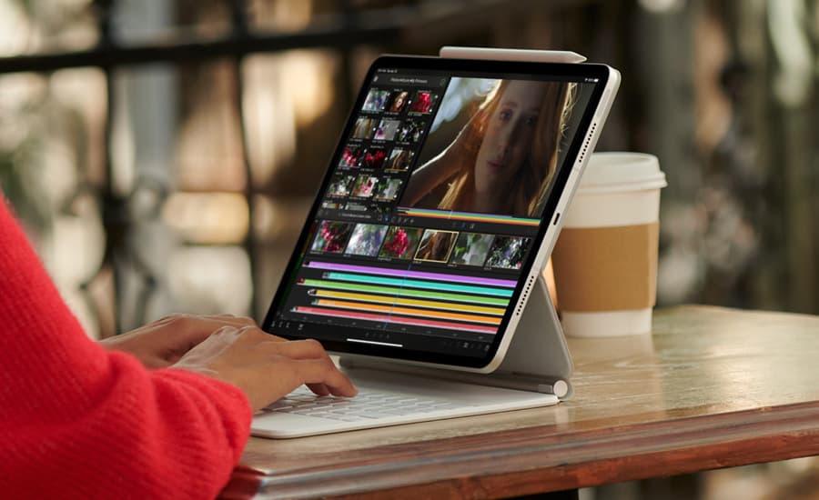 Apple iPad Pro 5G 2021 Lifestyle