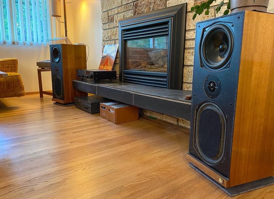 Stereo system with NAD amplifiers and KEF speakers