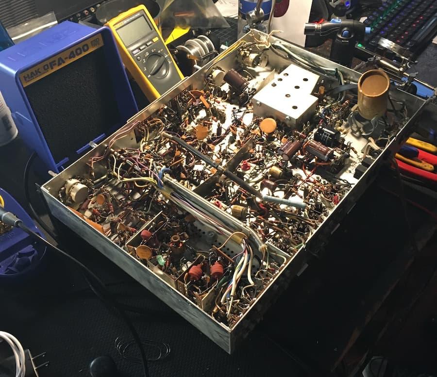 Vintage Audio workbench Repairing Fiscer Receiver