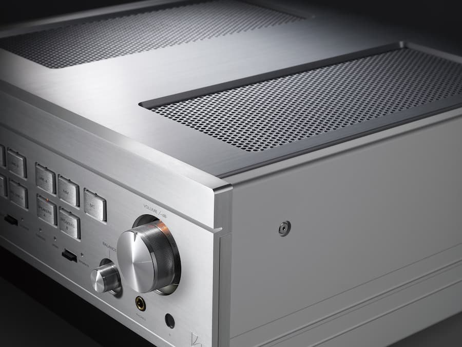 Luxman L-595A SPECIAL EDITION Integrated Amplifier Top