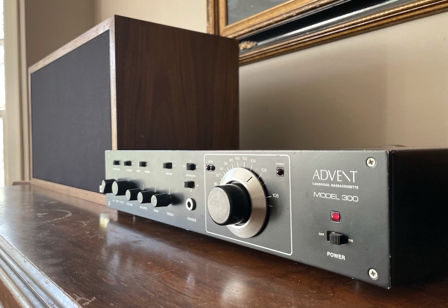 Advent Model 300 Stereo Receiver
