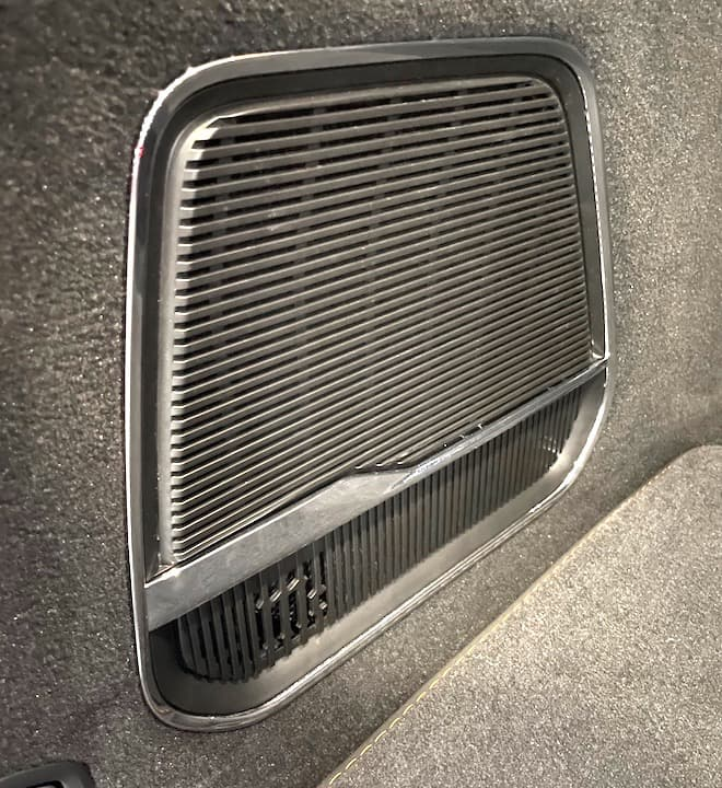 McIntosh Subwoofer in 2022 Jeep Grand Wagoneer
