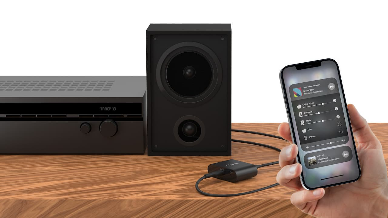 Belkin SOUNDFORM Connect Audio Adapter with AirPlay 2 with iPhone